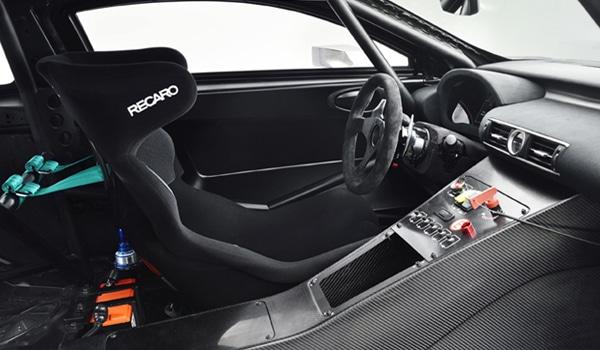 Lexus RC F GT3 - Interior