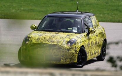 Five-door Mini Cooper might be unveiled at the Geneva Motor Show 2014