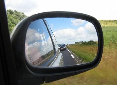 Car-SideMirror