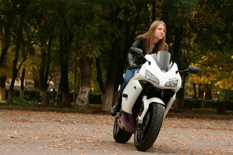 women motorcyclists